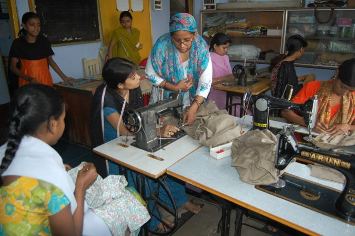 Developing training centers with old Sewing machines
